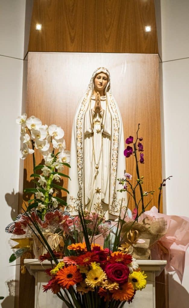 Mama Mary figurine