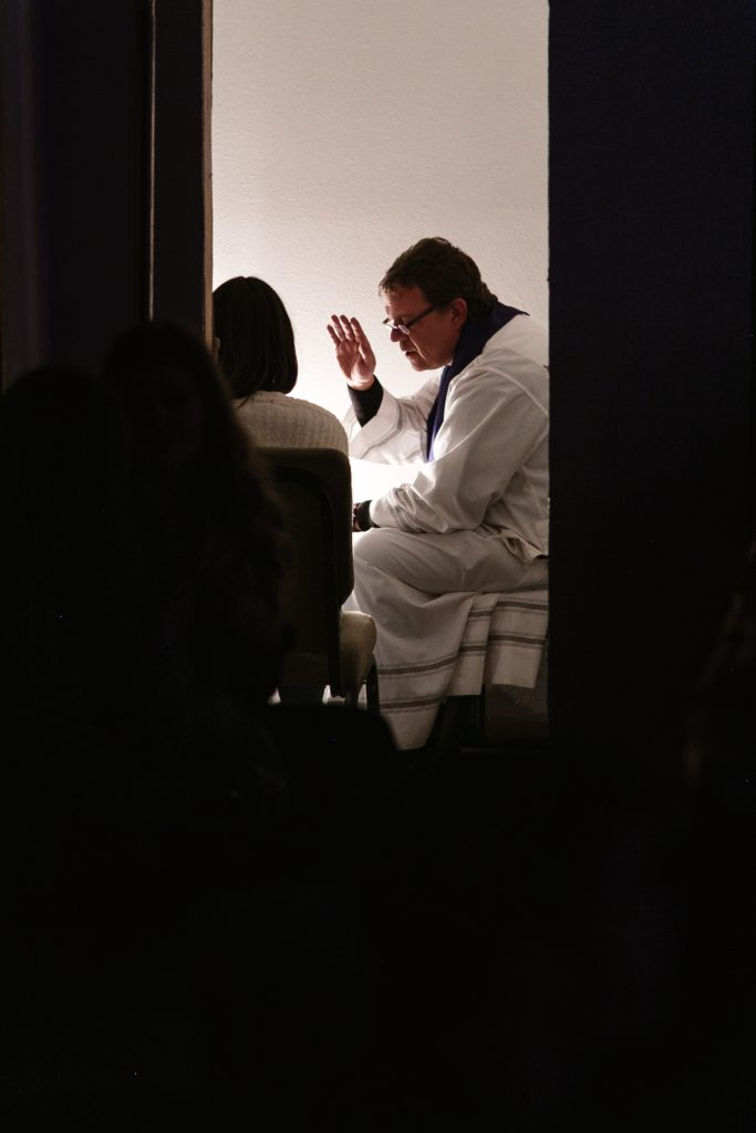 If I Go to Confession, Will the Priest Tell My Sins?